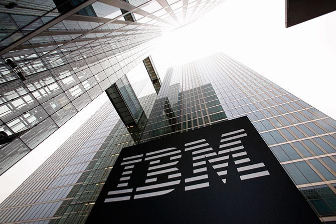 IBM wprowadza najbardziej zaawansowany serwer dla sztucznej inteligencji - Google i amerykański Departament Energii wybierają nowe procesory POWER9.