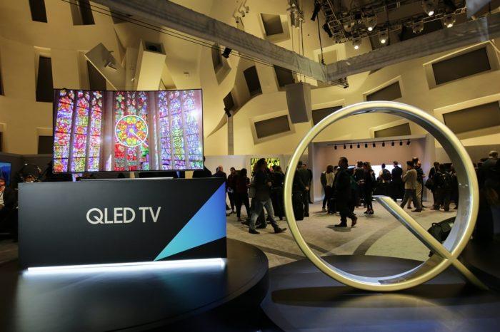 Jak skutecznie wykorzystać w biznesie nagradzane wyświetlacze profesjonalne Samsung QLED Signage UHD oraz Samsung LED IF?
