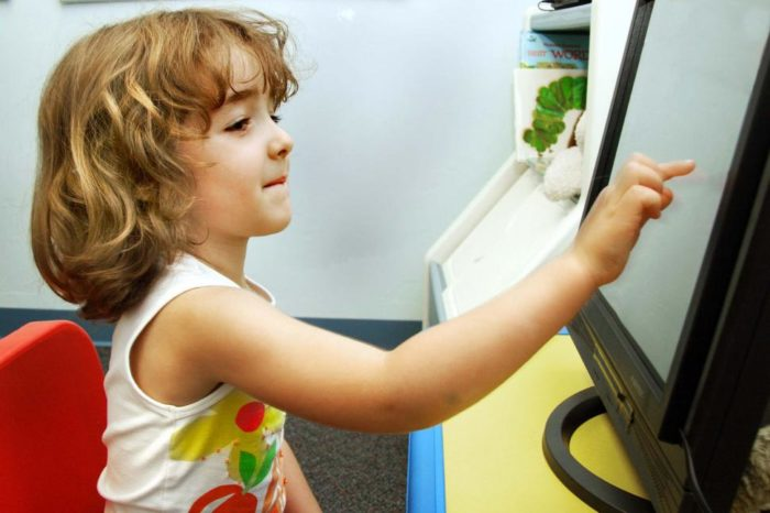 Czy wszystkie dzieci powinny umieć kodować? Do 2020 r. w Unii Europejskiej zabraknie ponad 800 000 specjalistów IT.