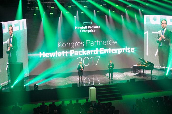 """AB S.A. drugi rok z rzędu zostało nagrodzone przez Hewlett Packard Enterprise w kategorii """"Największa liczba aktywnych partnerów w 2016 roku""""."""
