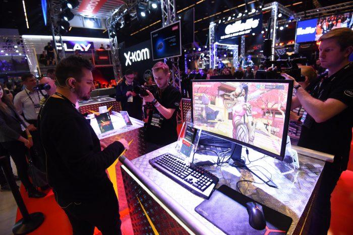 Nowa linia komputerów dla graczy Lenovo™ Legion zadebiutowała w Polsce podczas IEM 2017 w Katowicach.