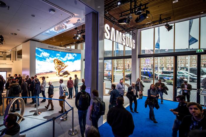 SAMSUNG prezentuje najnowsze rozwiązanie SMART Signage, z innowacyjnej linii SMART LED Signage UHD – wyświetlacze z serii IF LED.