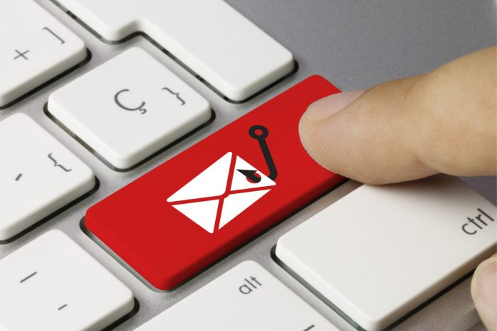 Uważaj jakie wiadomości otwierasz! Zmasowane ataki hakerów na skrzynki pocztowe.