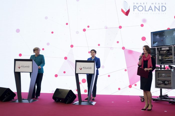 """Premier Beata Szydło na targach """"Hannover Messe 2017"""": Chcemy skuteczniej konkurować na globalnym rynku."""