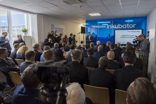 Samsung inwestuje w start-upy – w Rzeszowie startuje inkubator dla firm z sektora Internetu Rzeczy.