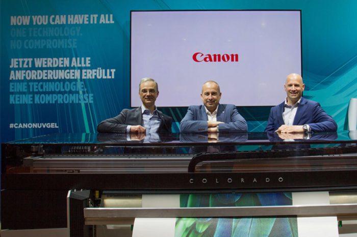 Firma Canon odniosła historyczny sukces sprzedażowy podczas targów FESPA 2017 - dzięki Océ Colorado 1640 z technologią UVgel.