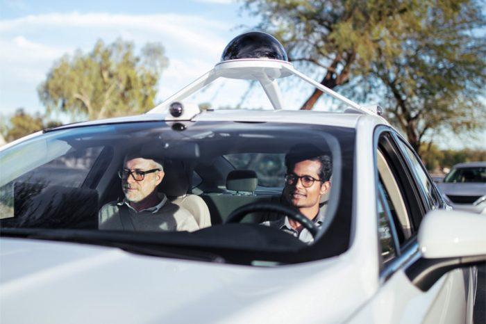 """Intel prognozuje, że rozwój autonomicznych pojazdów doprowadzi do rozwoju nowej """"ekonomii pasażerskiej"""" wartej 7 bilionów dolarów."""