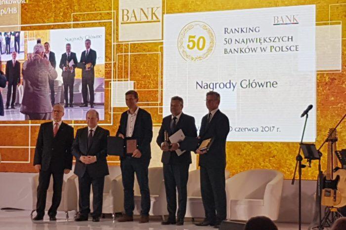 """Podczas uroczystej gali kończącej Horyzonty Bankowości 2017, ogłoszono zwycięzców rankingu """"50 największych banków w Polsce 2017"""""""