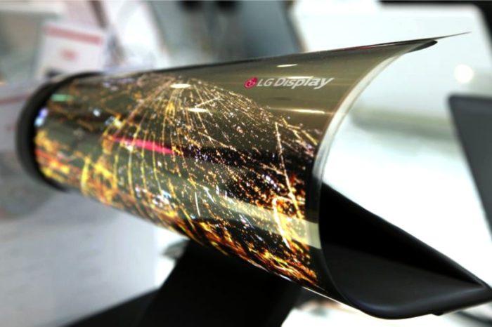 LG Display zaprezentował innowacyjny, pierwszy na świecie elastyczny i przezroczysty wyświetlacz OLED o przekątnej 77 cali.