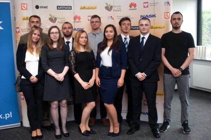 Finał IV polskiej edycji konkursu HUAWEI Seeds for the Future 2017 - 12 studentów z Polski wyjedzie do siedziby głównej Huawei w Chinach.