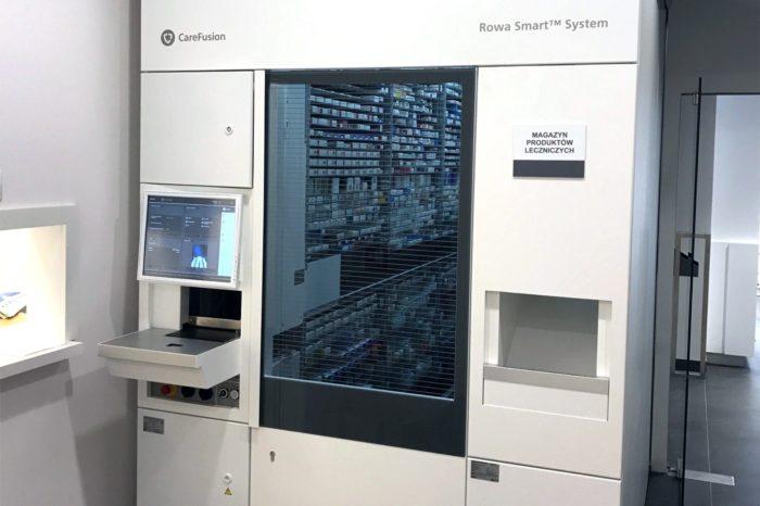 Actionmed zrobotyzował aptekę Medicover w Warszawie - Pierwszy w stolicy robot apteczny wyposażony w ekrany dotykowe.
