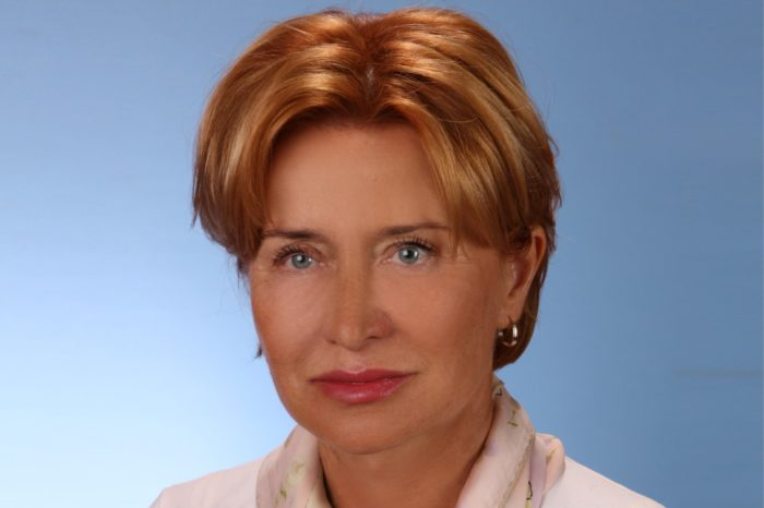 Małgorzata Kasperska, wieloletnia szefowa Vertiv (Emerson Network Power) nową dyrektor działu IT Division w Schneider Electric Polska.