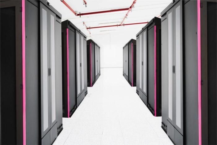 T‑Mobile Polska z nowym centrum danych w Krakowie, w odpowiedzi na zapotrzebowanie na usługi bezpiecznego przetwarzania danych w chmurze.