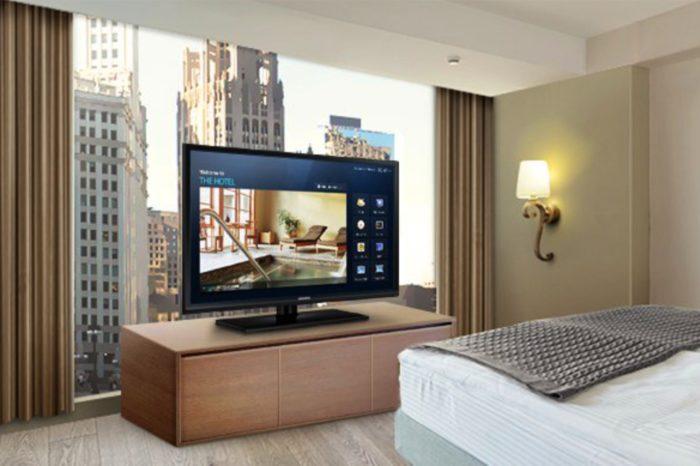 Telewizja hotelowa – coś więcej niż rozrywka. Użytkownicy mają nie tylko dostęp do rozrywki, lecz także dodatkowych funkcji takich, jak np. room service.