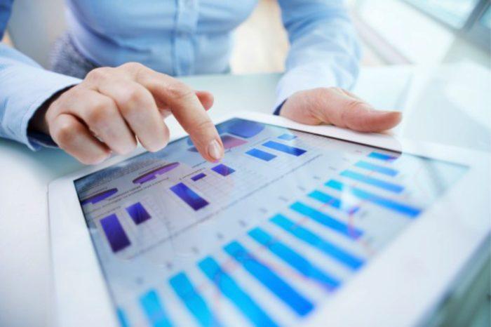 Firmy outsourcują średnio dwie do trzech funkcji IT i tyle samo biznesowych. Rozwiązania udostępniane jako usługa konsekwentnie przekonują do siebie biznes.
