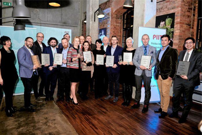 """PIIT - Polska Izba Informatyki i Telekomunikacji wręczyła nagrody w konkursie """"Digital Champions 2017"""" - dla firm odnoszących sukcesy w transformacji cyfrowej."""