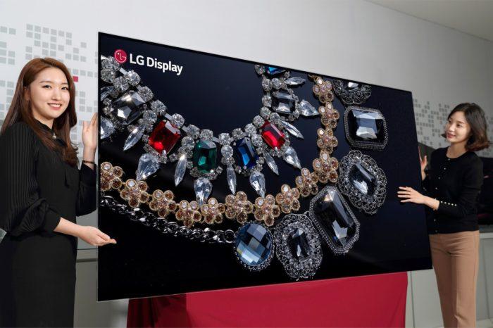 LG Display podczas targów CES 2018 w Las Vegas, zaprezentowało po raz pierwszy na świecie, 88-calowy wyświetlacz OLED o rozdzielczości 8K.