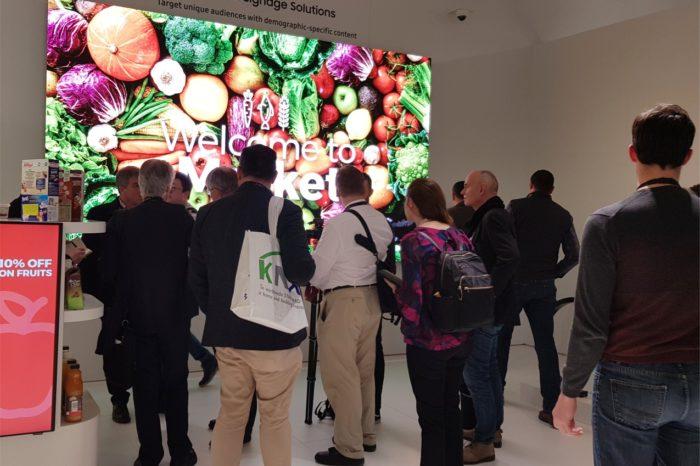 Ekrany Digital Signage wpływają na podejmowanie decyzji zakupowych nawet przez co drugiego klienta - wynika z badania Kantar TNS i Samsung Electronics Polska.
