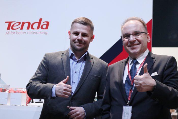 ABC Data nawiązała współpracę z marką Tenda, stając się jej autoryzowanym dystrybutorem - W ofercie rozwiązania sieciowe, od urządzeń dla domu, po zaawansowane systemy biurowe.