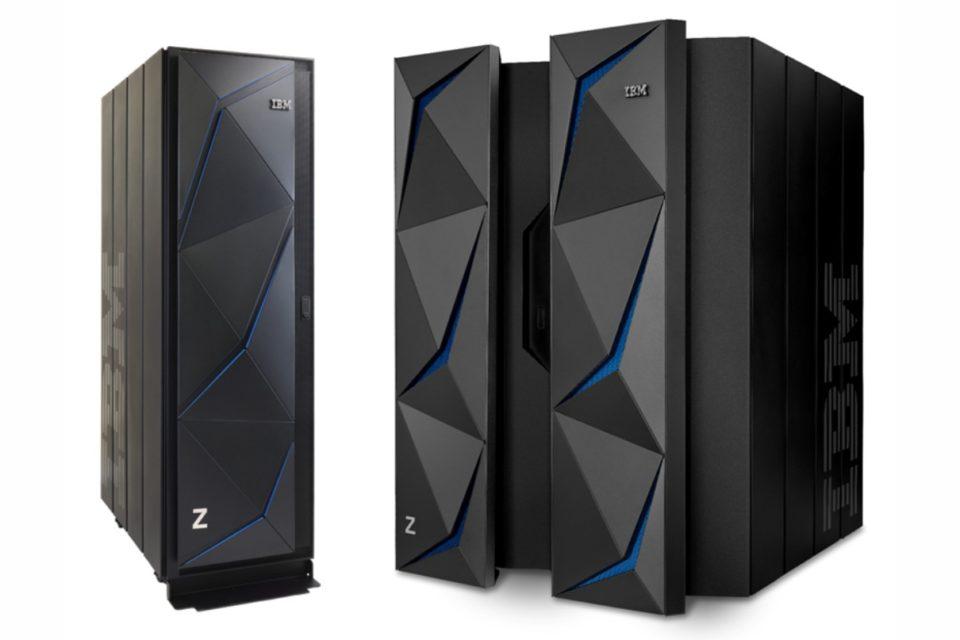 """IBM wprowadza pierwszy serwer mainframe serii midrange 19-calowe systemy IBM Z w konstrukcji """"single-frame"""" - model z14ZR1 oraz IBM LinuxOne Rockhopper II."""