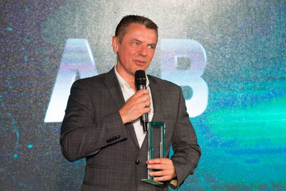 """AB S.A. podczas Kongresu Partnerów Hewlett Packard Enterprise 2018, otrzymało tytuł HPE Dystrybutor Roku 2017 za """"Największą liczbę aktywnych partnerów handlowych"""""""