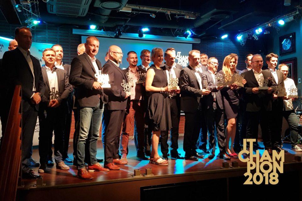 IT CHAMPION 2018 - MISTRZOWIE NOWYCH TECHNOLOGII - Nagrodziliśmy najlepszych w branży IT - Poznaj tegorocznych laureatów!