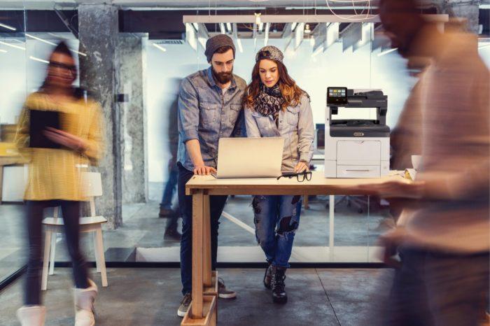 Xerox stawia na uproszczenie zasad gwarancyjnych urządzeń - Nowa 5 letnia gwarancja Xerox - przedłużona gwarancja na wybrane modele i prostsza, elektroniczna forma rozliczania wizyt serwisowych.