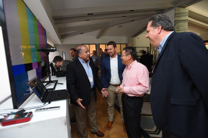 Samsung podczas QLED &Advanced Displays Summit zaprezentował planyrozwoju wyświetlaczy z technologią kropek kwantowych (QLED) i kompletnego ekosystemu 8K.