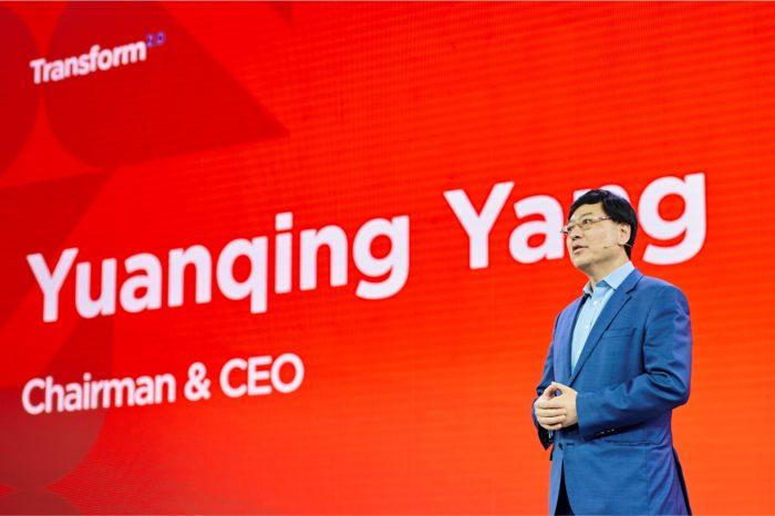 """Lenovo podczas konferencji Transform 2.0 zaprezentowało nowe partnerstwa i inteligentne rozwiązania dla klientów biznesowych w ramach strategii """"Inteligentnej Transformacji""""."""