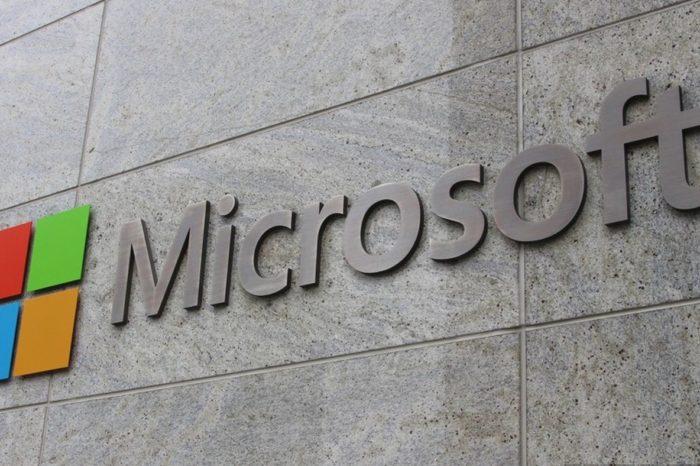 """Microsoft ogłasza program w Obronie Demokracji """"Microsoft Defending Democracy Program"""" - Microsoft chce współpracować ze wszystkimi, zainteresowanymi demokracją stronami, w krajach na całym świecie."""