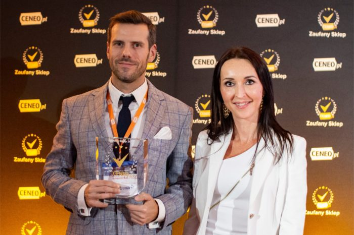 Podczas Gali VII Retail Channel Forum, wręczono nagrody dla najbardziej Zaufanych Sklepów w rankingu Ceneo.pl - w kategorii technologia zwyciężyła firma Komputronik.