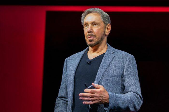 """Oracle OpernWorld 2018 - Larry Ellison, nakreśla kierunki dalszego rozwoju technologii chmurowych prezentując """"Gen 2 Cloud"""" – rozwiązanie, które znacznie wyprzedza konkurencję pod względem wydajności i kosztów."""