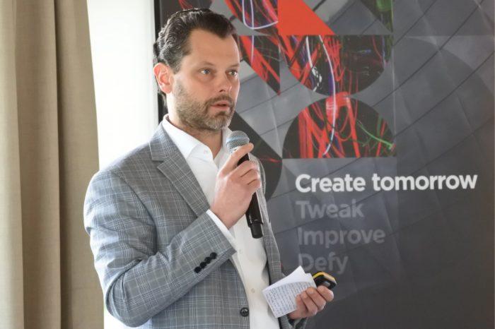 Roman Sioda nowy Country Leader w Lenovo Data Center Group, podczas  polskiej edycji konferencji Transform 2.0, zaprezentował pełną ofertę firmy oraz strategiczną współpracę z firmą NetApp.