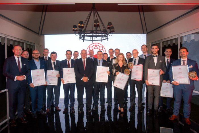 """Senetic nagrodzony za międzynarodową ekspansję w konkursie """"Polska Firma — Międzynarodowy Czempion"""", organizowanym przez PwC i Puls Biznesu."""