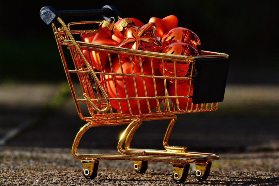 Przedświąteczna gorączka danych - W walce o klienta kluczowe znaczenie dla branży retail, ma umiejętna analiza jego świątecznych nawyków zakupowych.