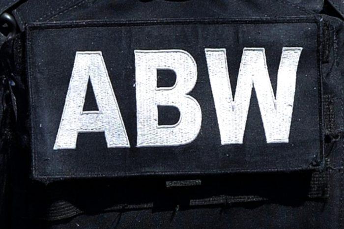 ABW weszło do polskich oddziałów firm Orange oraz Huawei - Pierwsi zatrzymani z zarzutami z art. 130 ust. 1 dotyczącego szpiegostwa przeciwko RP.