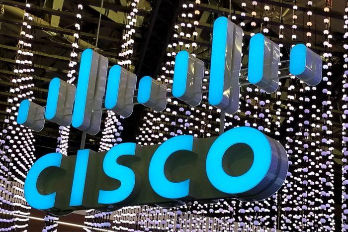 Ponad połowa polskich użytkowników nie wyobraża sobie funkcjonowania w życiu prywatnym bez Internetu - wyniki badania Cisco z okazji 30-lecia powstania usługi internetowej WWW.