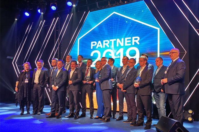 Dell EMC podczas uroczystej gali Dell EMC Partner Awards 2019 nagrodził swoich partnerów, którzy wykazali się doskonałą współpracą i zaangażowaniem oraz największą skutecznością w sprzedaży produktów i rozwiązań.