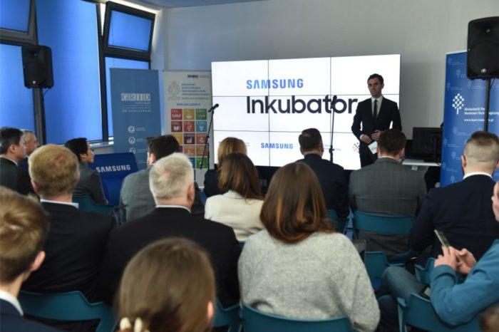 Samsung kontynuuje działania na rzecz wspierania młodych polskich przedsiębiorców, w Białymstoku otwarto trzeci Inkubator dla startupów z Polski Wschodniej które zmieniają świat.