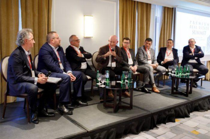 """Huawei zabiera głos w debacie """"Infrastruktura Sieci XXI wieku"""" zorganizowane z inicjatywy Executive Club - Transparentność i współpraca w budowie nowoczesnej infrastruktury cyfrowej w Polsce."""