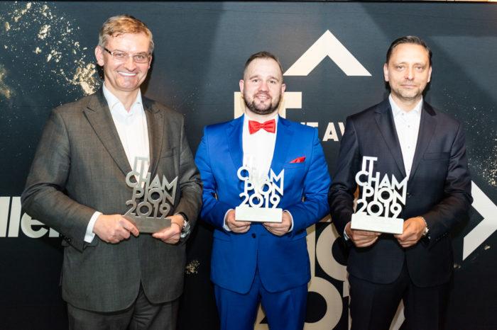 HP Inc Polska zdobywcą 4 nagród IT Champion 2019 - firma zwyciężyła w kategoriach Komputery i Stacje Robocze, Druk Laserowy oraz Program Partnerski. Maciej Deka uhonorowany tytułem Najlepszego Szefa Kanału Partnerskiego.