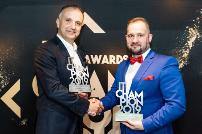 Komputronik Biznes uhonorowany przez branżę tytułem Partnera Biznesowego Roku! Zarząd Komputronik Biznes z nagrodą specjalną od redakcji w kategorii Osobowość Branży IT!