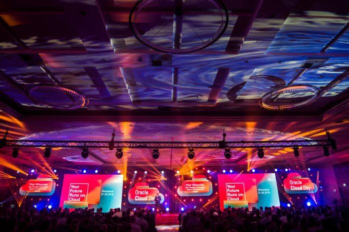 Ośrodek Przetwarzania Informacji zdecydował się na wdrożenie technologii autonomicznej Oracle. OPI stawiając na sztuczną inteligencję uzyskało aż o 40% szybsze dostarczanie usług!