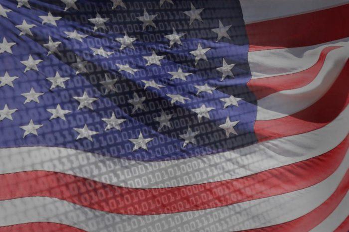 Pracownicy administracji państwowej i dyrektorzy wyższego szczebla uważają, że Stany Zjednoczone Ameryki powinny więcej inwestować w zaawansowane cyber-zabezpieczenia - wynika z raportu Oracle.
