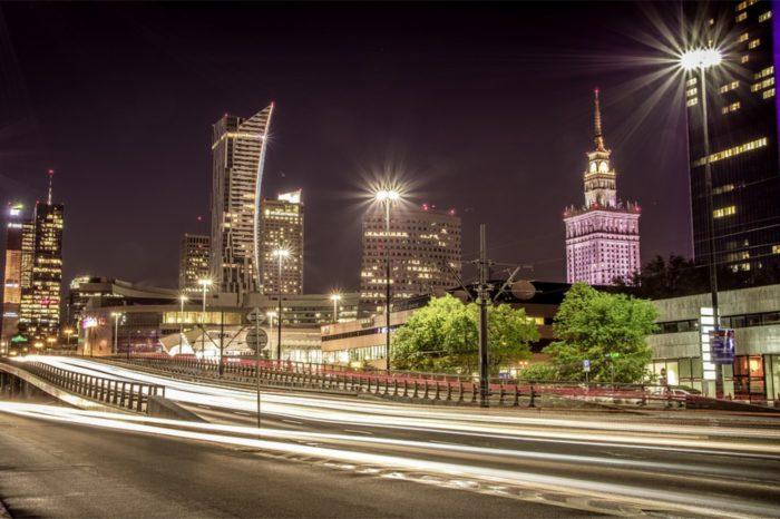 Bayer planuje otworzyć Digital Hub w Warszawie, który będzie koncentrował się na opracowywaniu innowacyjnych rozwiązań cyfrowych w wymiarze globalnym oraz ma zatrudnić 400 specjalistów IT.