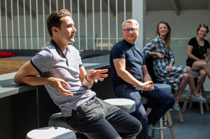 Grape Up, firma specjalizująca się w produkcji oprogramowania z wykorzystaniem technologii cloud native oraz podejścia DevOps, otwiera nowe centrum Cloud R&D w Krakowie.