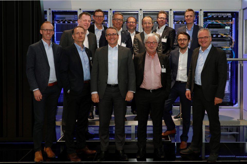 Rittal rozpoczyna strategiczną współpracę z firmami Atos i Siemens w zakresie kompleksowej infrastruktury dla zastosowań IoT (Internet of Things) w ramach Smart Industries.