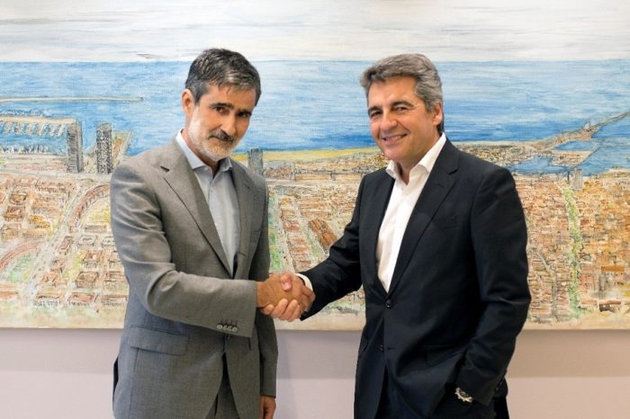 Ricoh ogłosiło przejęcie dwóch firm IT, hiszpańskiej IPM i portugalskiej Totalstor, specjalizujących się w modernizacji infrastruktury IT o znaczeniu krytycznym, ochroną danych, disaster recovery oraz wirtualizacją.azxs