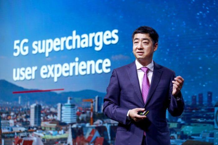 Huawei wzywa rządy na całym świecie do wspólnego działania oraz nowego sposobu myślenia, aby przyspieszyć rozwój sieci 5G.