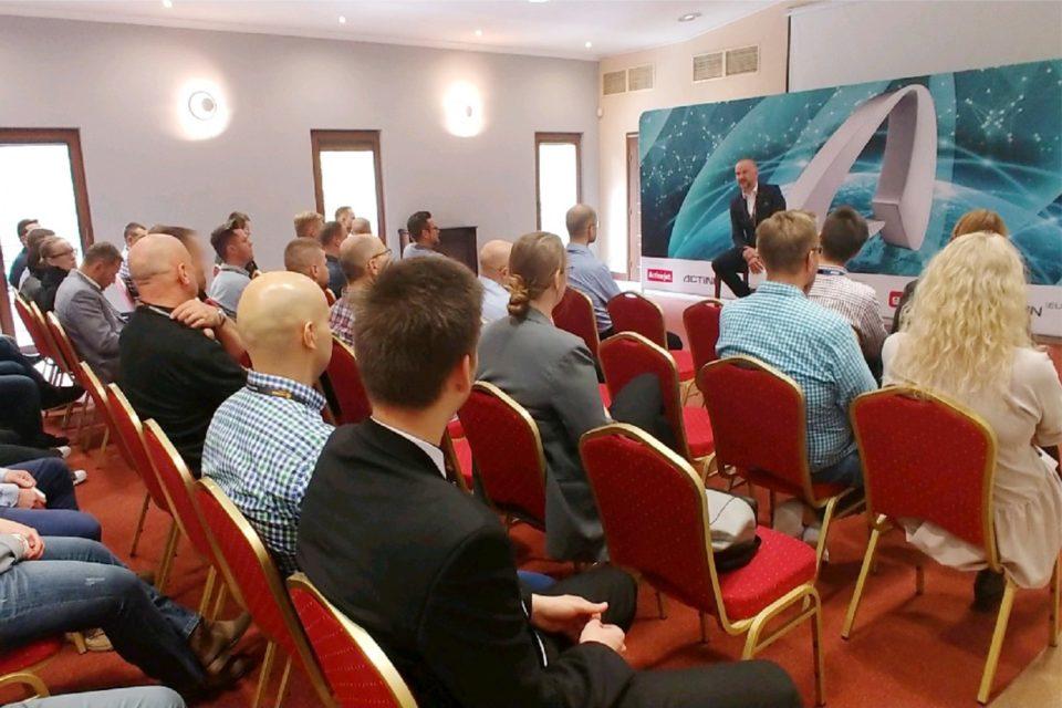 Action S.A. podczas spotkania z partnerami biznesowymi, nakreślił plan rozwoju współpracy z partnerami oraz korzyści jakie z niej płyną.